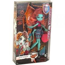 מונסטר היי -בובה MONSTER HIGH לורנה lorna